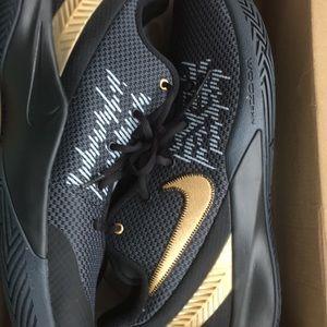 Kyrie Irving Flytrap II Shoes Men's Size 13